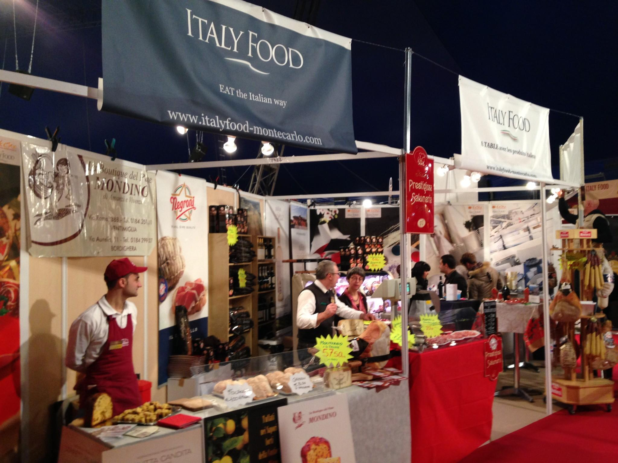 Italy food at the food fair of monaco for Stand de foire