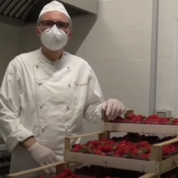 Giuliani bakery : making a delicious strawberry jam