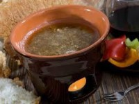 La bagna cauda è una ricetta tipica del Piemonte