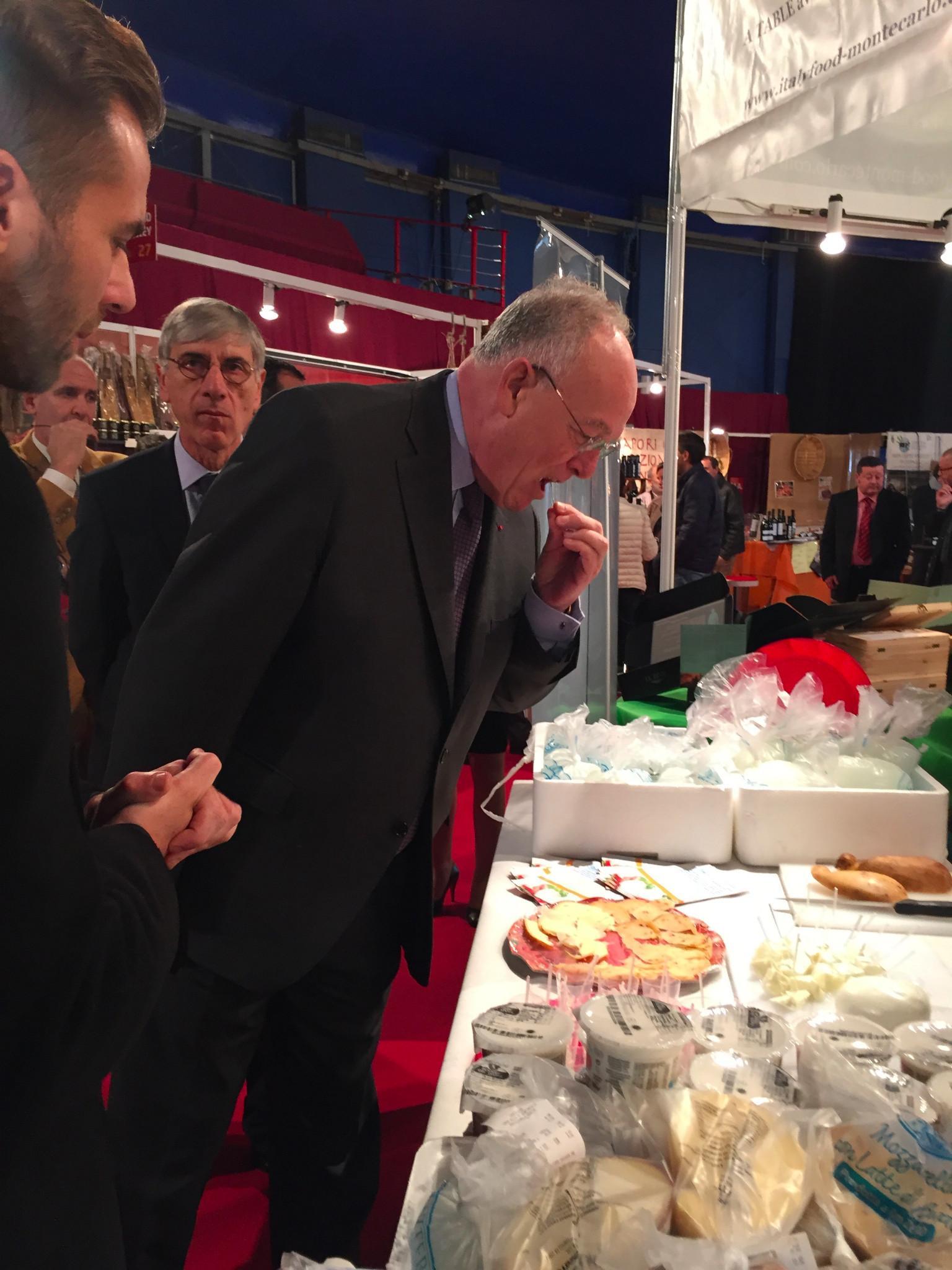 Visite de mr michel roger sur le stand italyfood monte for Salon de la gastronomie lille