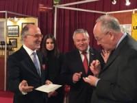 Visite de Mr Michel Roger sur le stand ItalyFood Monte Carlo au 20e Salon de la Gastronomie