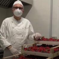Boulangerie Giuliani : en faisant une délicieuse confiture de fraise